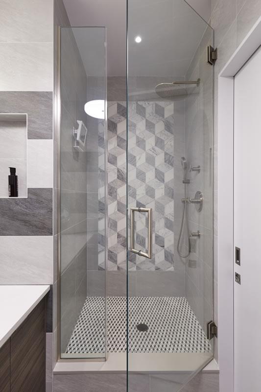 dmaster_bathroom_b_040